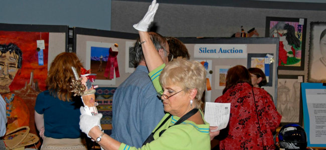 Silent_Auction 650