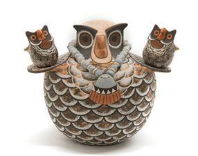 """Jaycee Nahohai (Zuni) Lonkeena Two small owls by Rowena Him Donated by the artists 6""""H x 8""""W"""